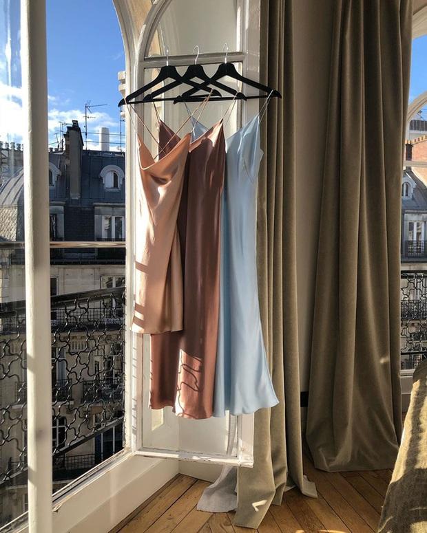 Chuyện bảo quản quần áo của các chị em: Không cẩn thận là vứt đi như chơi, style dễ là không bao giờ khá lên nổi - Ảnh 2.