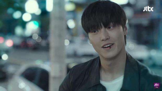 Bà đại Yoon Ah bị trai trẻ cưỡng hiếp nhưng kẻ quay trộm mới là điều đáng nói ở tập 6 Hội Bạn Cực Phẩm - Ảnh 5.