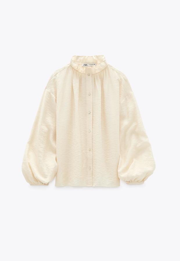"""Cùng diện áo blouse bánh bèo: Lisa """"dừ"""" hơn bình thường, Seo Ye Ji dịu dàng sang chảnh  - Ảnh 18."""