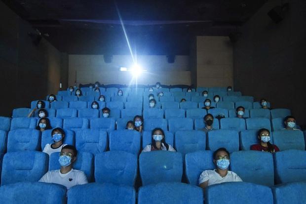 Phim mới của Gun Thần Lý Hiện cán mốc 10 tỷ doanh thu đặt trước, phòng vé Trung hớn hở hồi sinh sau đại dịch - Ảnh 3.
