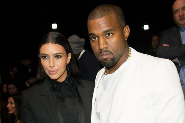 Biến căng: Kanye West tố Kim Kardashian ngoại tình, nhưng quay ngoắt 180 độ sau một nốt nhạc? - Ảnh 2.