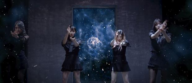 Chán làm streamer, hội chị em lập nhóm nhạc, tung MV cực xịn sò - Ảnh 1.