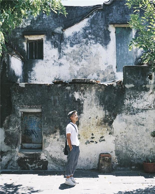 """Bức tường """"huyền thoại"""" ở Hội An được cải tạo, phủ màu trắng tinh: Du khách tiếc nuối, dân bản địa lại ủng hộ hết lòng - Ảnh 3."""