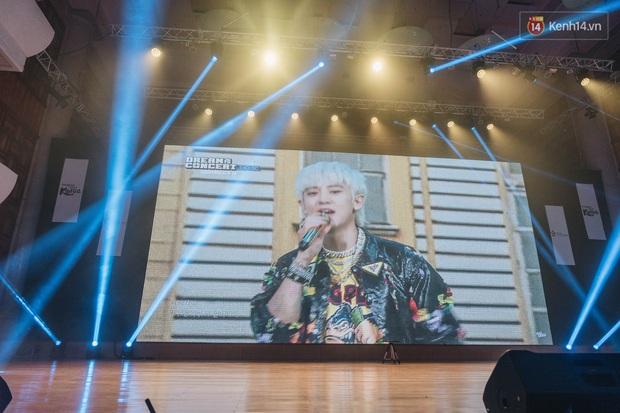 Hàng trăm fan tại Hà Nội cùng xem Dream Concert phát sóng trực tuyến trên toàn cầu; EXO-SC, Red Velvet và dàn sao Kpop quẩy hết nấc - Ảnh 5.