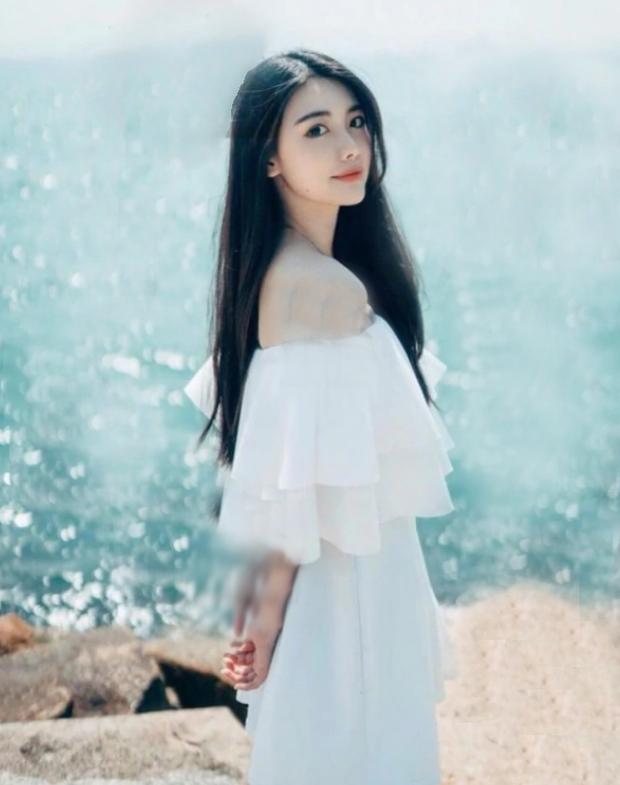 Tiết lộ hình ảnh tiểu tam 2K hot nhất Hong Kong: Sắc vóc chẳng thua kém gì bà cả, cậu ấm trùm sòng bạc mê mệt - Ảnh 4.