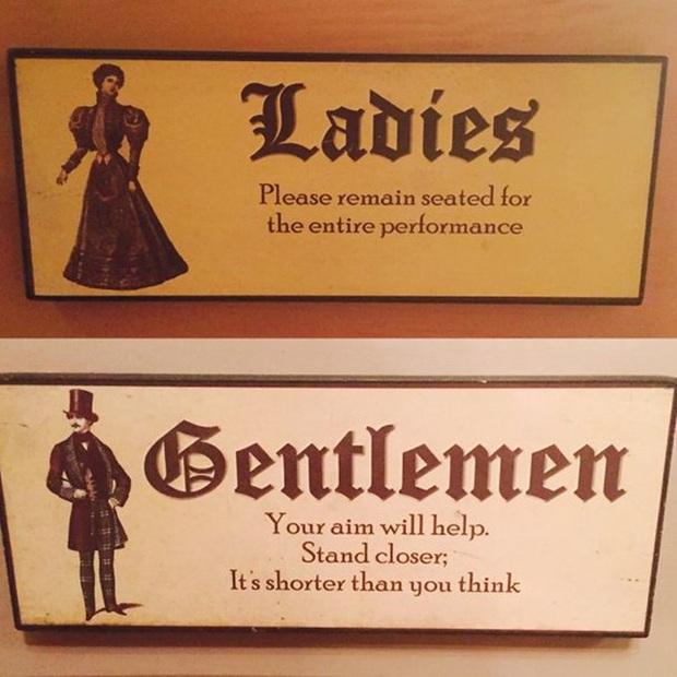Những tấm biển chỉ dẫn nhà vệ sinh hài hước và độc đáo khiến ai cũng phải công nhận sức sáng tạo của con người thật không có giới hạn - Ảnh 1.