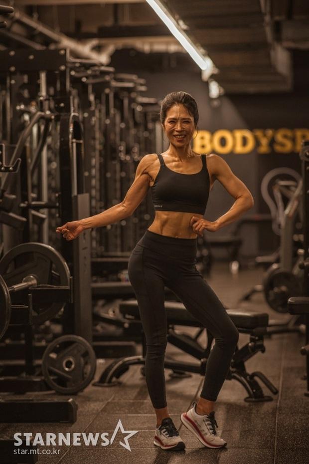 Nữ diễn viên She Was Pretty gây sốc với thân hình cơ bắp cuồn cuộn không chút mỡ thừa ở tuổi U50 - Ảnh 2.