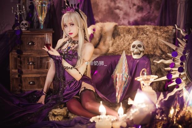 Ngắm mỹ nhân Fate/Grand Order đầy ma mị và quyến rũ qua loạt ảnh cosplay đẹp lung linh - Ảnh 15.