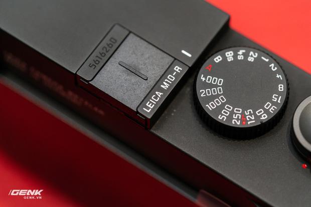 Đập hộp máy ảnh Leica M10-R: Vẫn là nét lạnh lùng hấp dẫn, cảm biến 40 MP, giá 219 triệu đồng - Ảnh 15.