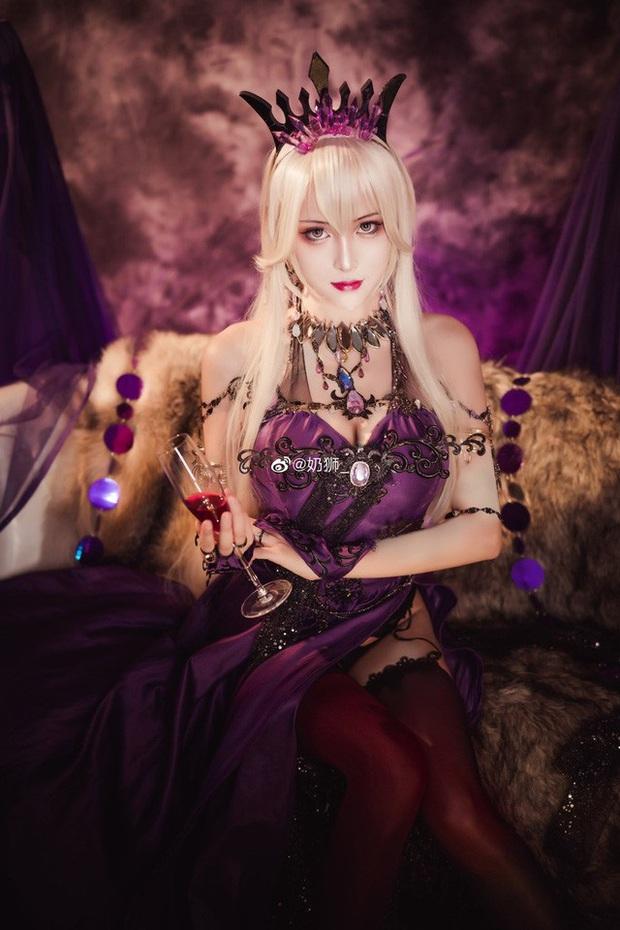 Ngắm mỹ nhân Fate/Grand Order đầy ma mị và quyến rũ qua loạt ảnh cosplay đẹp lung linh - Ảnh 17.