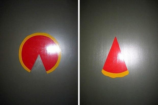 Những tấm biển chỉ dẫn nhà vệ sinh hài hước và độc đáo khiến ai cũng phải công nhận sức sáng tạo của con người thật không có giới hạn - Ảnh 7.