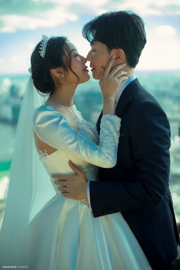 Hậu hôn lễ, Thuý Vân tung clip hé lộ chuyện tình với ông xã đại gia: Khung cảnh nào cũng ngập màu hạnh phúc! - Ảnh 6.