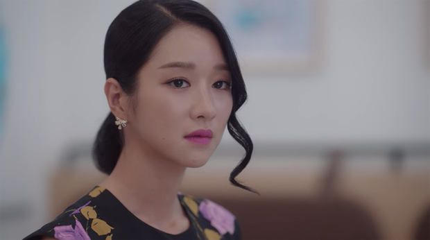 Có mê Seo Ye Ji đến mấy, chị em cũng đừng tô son hồng cánh sen cẩm hường sến rện thế này kẻo bị gọi là bà thím  - Ảnh 4.