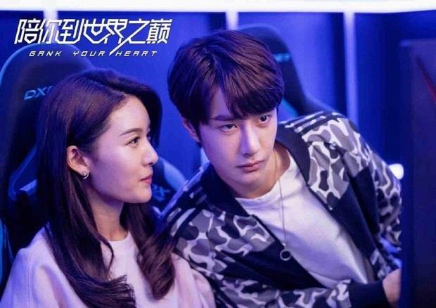 Muôn kiểu cục tính của nam chính phim Trung: Đáng sợ nhất là Vương Nhất Bác toàn cho bạn diễn lộn nhào té khói - Ảnh 16.