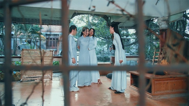 3 lý do xem gấp Chị Đại Mắc Cạn: Bóc trần nạn bạo lực học đường nổi cộm ở nữ sinh, còn có dàn cast trẻ thấy cưng - Ảnh 3.