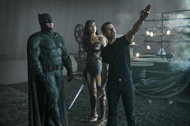 Hồi mới cuộc chiến DC vs. Marvel: Zack Snyder quyết đá văng cảnh quay của Joss Whedon ra khỏi Justice League - Ảnh 1.