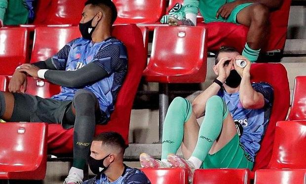 """Vừa """"ẵm"""" cúp, Real Madrid lại """"xin"""" cầu thủ… giảm lương  - Ảnh 2."""