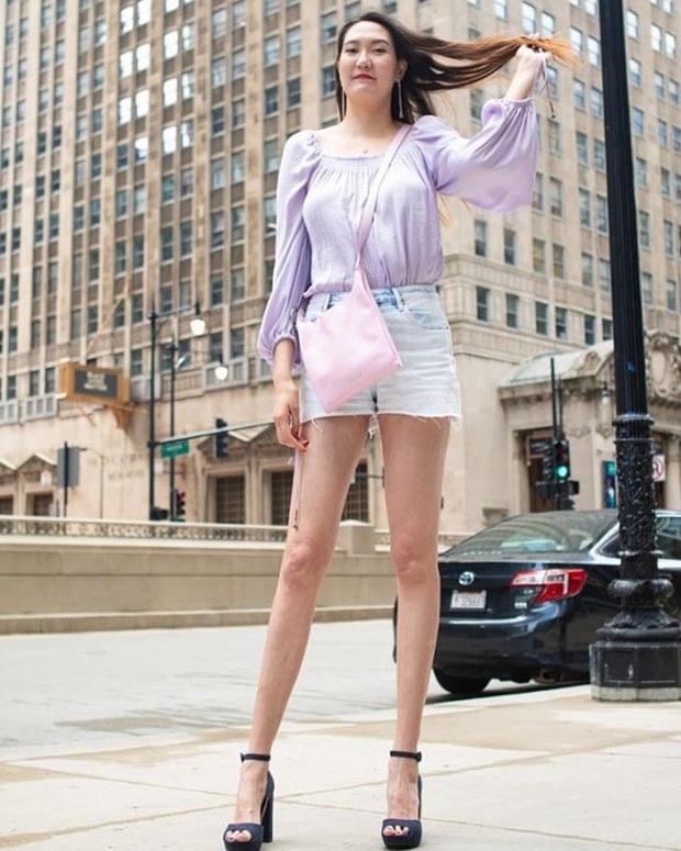 Cô gái có đôi chân dài nhất thế giới: Lùng sục khắp nơi mới mua được quần áo nhưng vẫn thích đi giày cao gót để khoe chân dài miên man - Ảnh 6.