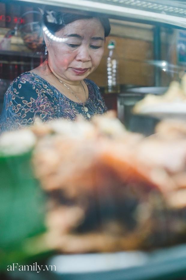 Bà chủ tiệm Bánh mì Phượng nói về 20 năm khiến bạn bè quốc tế ca ngợi ẩm thực Việt, nhưng khi thành công thì vô vàn điều tiếng ôi sao lại Tây hóa chiếc bánh của quê hương!? - Ảnh 7.