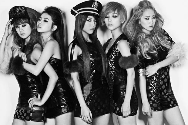 """Nhóm nữ là nạn nhân của """"lời nguyền 7 năm"""": 2NE1 tưởng comeback nhưng lại có kết cục bi thảm, SNSD chưa tan rã nhưng vẫn bị xướng danh - Ảnh 14."""