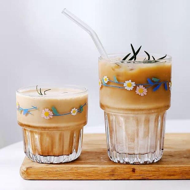 Dành cho team mê sưu tập ly nước, tách uống trà đẹp độc: Style hiện đại có, đậm chất vintage cũng không thiếu - Ảnh 1.