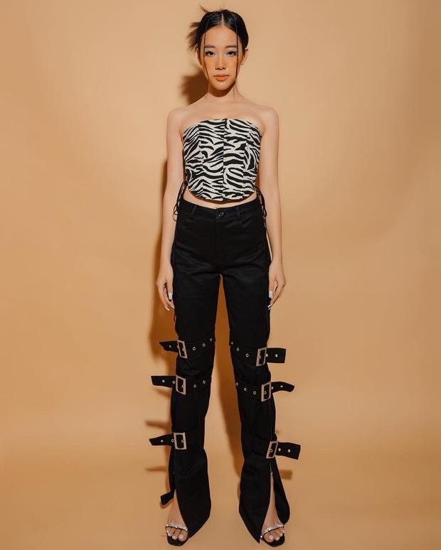 Cùng chế quần thành áo nhưng stylist của Rosé được khen hết lời, stylist của ITZY lại bị chê không ngóc nổi đầu - Ảnh 14.
