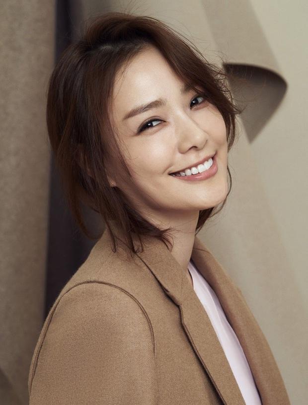 Chuyện tình Kwon Sang Woo và Á hậu dâu hụt đế chế Samsung: Từ tin đồn đào mỏ, ngoại tình đến gia đình danh giá nhất Kbiz - Ảnh 10.