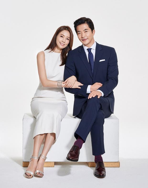 Chuyện tình Kwon Sang Woo và Á hậu dâu hụt đế chế Samsung: Từ tin đồn đào mỏ, ngoại tình đến gia đình danh giá nhất Kbiz - Ảnh 2.
