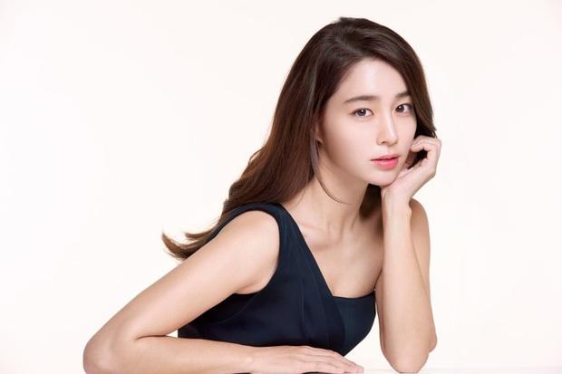 Knet hoài niệm về dàn nữ thần Vườn sao băng: Hội tụ loạt mỹ nhân nổi tiếng, bà xã Lee Byung Hun và Bae Yong Joon cùng đọ sắc - Ảnh 5.