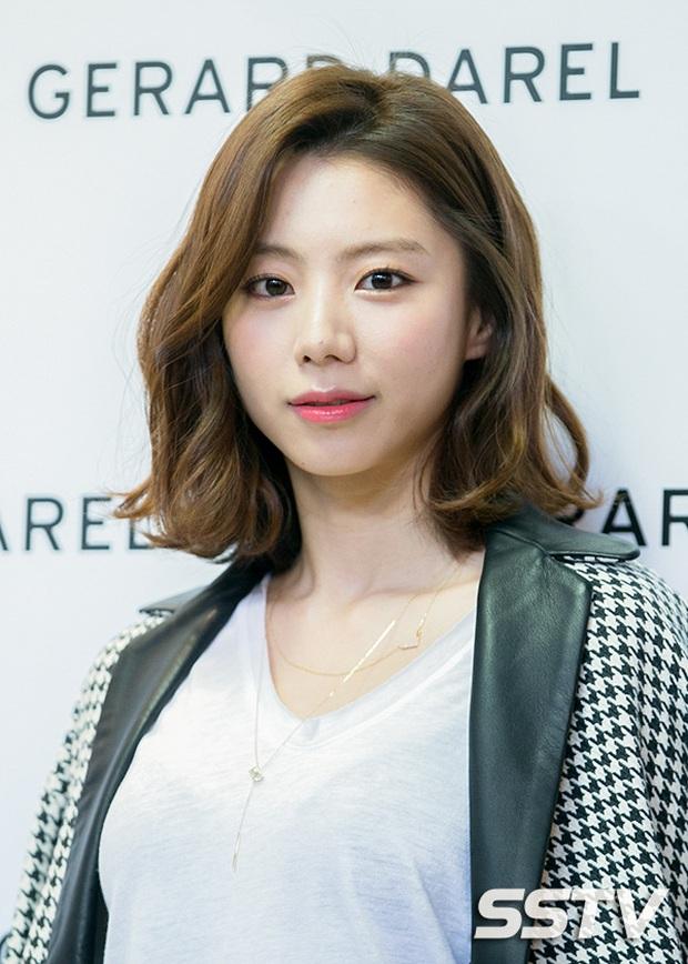 Knet hoài niệm về dàn nữ thần Vườn sao băng: Hội tụ loạt mỹ nhân nổi tiếng, bà xã Lee Byung Hun và Bae Yong Joon cùng đọ sắc - Ảnh 16.