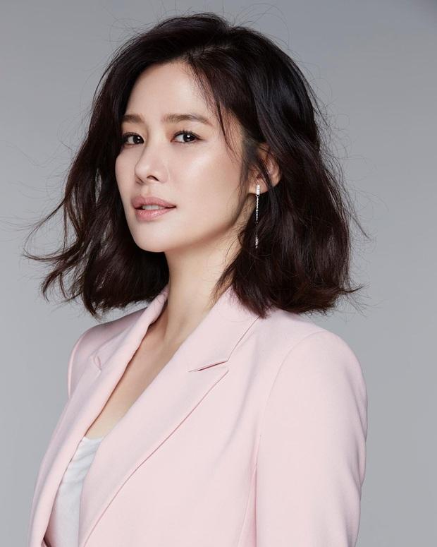 Knet hoài niệm về dàn nữ thần Vườn sao băng: Hội tụ loạt mỹ nhân nổi tiếng, bà xã Lee Byung Hun và Bae Yong Joon cùng đọ sắc - Ảnh 18.