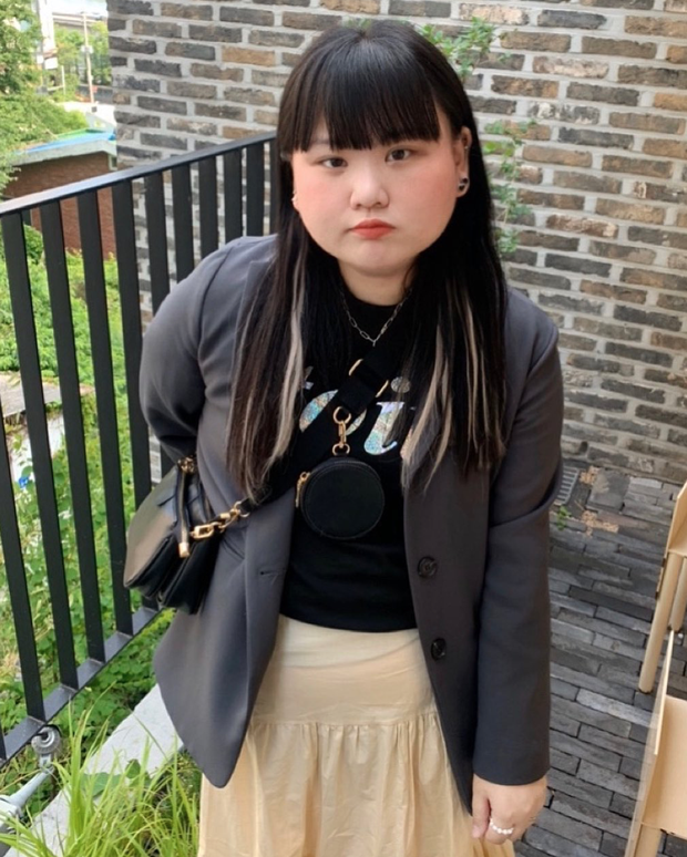 Cô gái Hàn Quốc tức phát khóc vì bị dân mạng chế giễu khuôn mặt to: Tôi thấy họ thật đáng sợ - Ảnh 3.