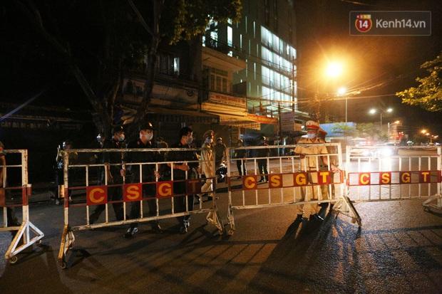 Đà Nẵng sau 0h ngày 28/7: Chính thức cách ly xã hội tại 6 quận, phong toả các tuyến đường quanh 3 bệnh viện - Ảnh 2.