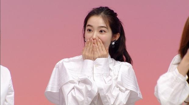 Nhìn Irene và Seo Ye Ji đụng hàng mới thấy khó tin 2 nàng gần bằng tuổi: Người sang như công nương, người trẻ như nữ sinh - Ảnh 5.