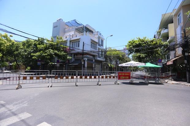 314 du khách kẹt lại Đà Nẵng sau lệnh cách ly được hỗ trợ lưu trú - Ảnh 1.