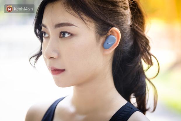 Trải nghiệm tai nghe hạt đậu nhỏ Sony WF-SP800N: Phù hợp với người chơi thể thao, năng động nhưng giá cao! - Ảnh 2.