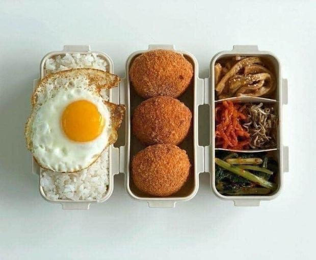 Học những bạn trẻ Hàn không giỏi nấu ăn nhưng vẫn tự làm cơm ở nhà: toàn các món vừa dễ làm lại còn nhanh gọn - Ảnh 5.