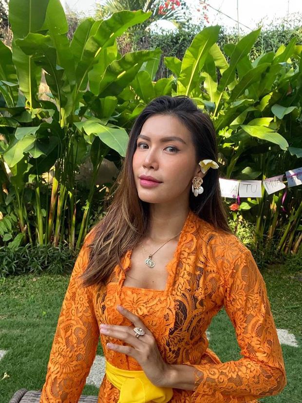 Minh Tú đã chính thức có mặt tại Việt Nam sau 4 tháng kẹt ở Bali, mẹ ruột liền có lời nhắn nhủ gây chú ý! - Ảnh 5.