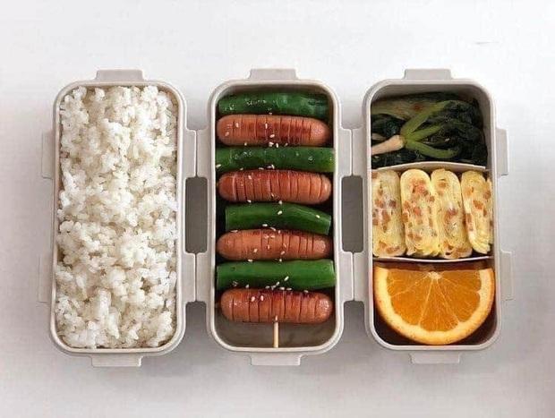Học những bạn trẻ Hàn không giỏi nấu ăn nhưng vẫn tự làm cơm ở nhà: toàn các món vừa dễ làm lại còn nhanh gọn - Ảnh 1.