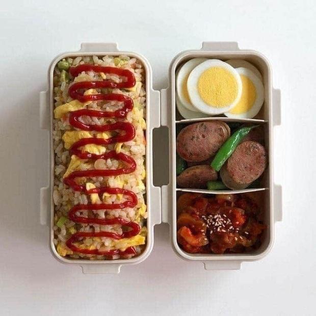 Học những bạn trẻ Hàn không giỏi nấu ăn nhưng vẫn tự làm cơm ở nhà: toàn các món vừa dễ làm lại còn nhanh gọn - Ảnh 3.
