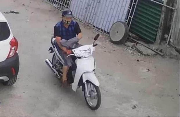 Đối tượng dùng dao giết người phụ nữ ở Nghệ An đã tự tử trong căn nhà hoang - Ảnh 2.