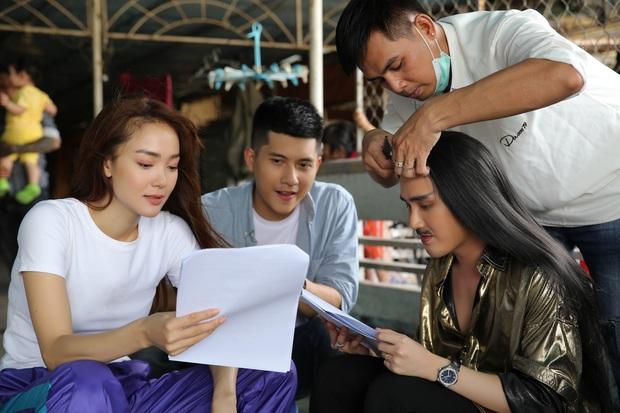 Minh Hằng bị Huỳnh Lập thét giá tiền triệu sau khi xem bói hả hê ở hậu trường Kẻ Săn Tin - Ảnh 2.