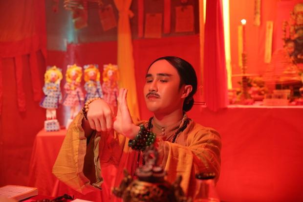 Minh Hằng bị Huỳnh Lập thét giá tiền triệu sau khi xem bói hả hê ở hậu trường Kẻ Săn Tin - Ảnh 3.