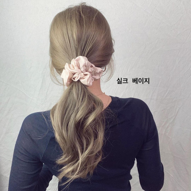 Tóc ngắn hay dài cũng đừng chỉ xoã rũ rượi, bạn nên học cách tạo kiểu hay ho để được khen tóc đẹp cả mùa hè - Ảnh 1.