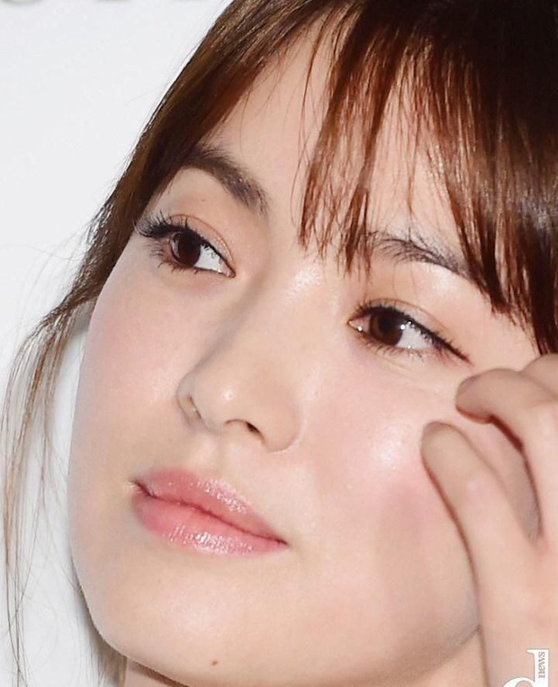 Cnet sốt xình xịch BXH 8 mỹ nhân Hàn visual zoom cận đỉnh nhất: Suzy đều xuất sắc, Song Hye Kyo vẫn thua Kim Tae Hee? - Ảnh 9.