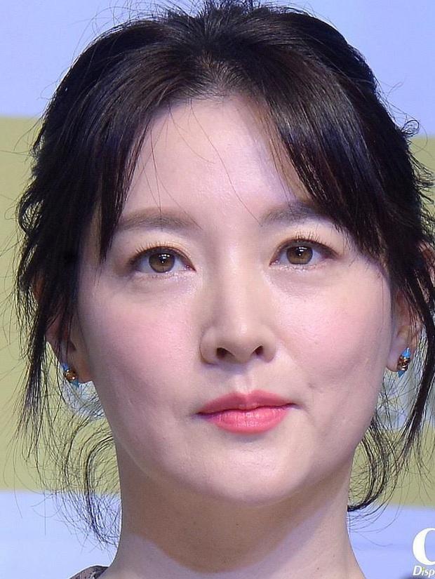 Cnet sốt xình xịch BXH 8 mỹ nhân Hàn visual zoom cận đỉnh nhất: Suzy đều xuất sắc, Song Hye Kyo vẫn thua Kim Tae Hee? - Ảnh 10.