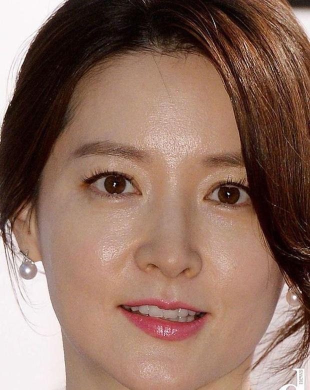 Cnet sốt xình xịch BXH 8 mỹ nhân Hàn visual zoom cận đỉnh nhất: Suzy đều xuất sắc, Song Hye Kyo vẫn thua Kim Tae Hee? - Ảnh 11.