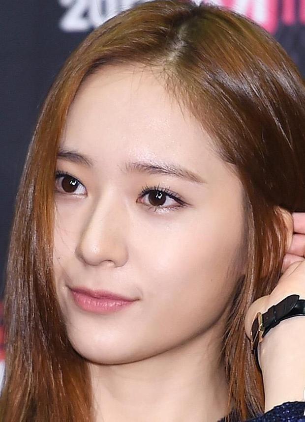 Cnet sốt xình xịch BXH 8 mỹ nhân Hàn visual zoom cận đỉnh nhất: Suzy đều xuất sắc, Song Hye Kyo vẫn thua Kim Tae Hee? - Ảnh 12.