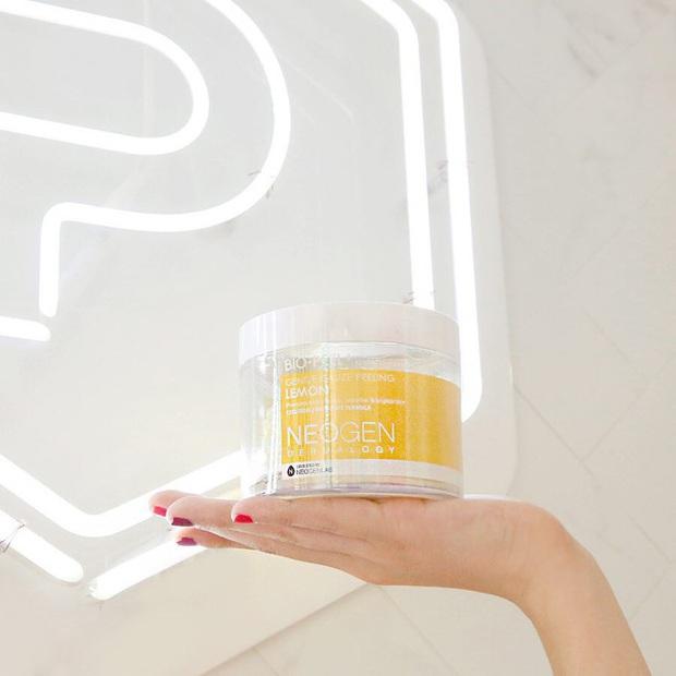 5 loại pad giúp bạn tẩy tế bào chết nhàn tênh, da dẻ lên hương siêu tốc với vẻ sáng căng mượt mà - Ảnh 4.