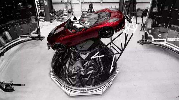 8 ý tưởng không thể điên rồ hơn của tỷ phú khác người Elon Musk - Ảnh 4.